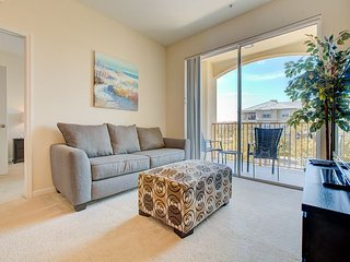 Spend your next Orlando vacation in this beautiful condo located in Vista Cay