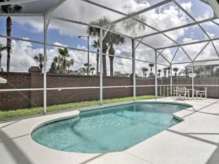 NEW! Updated 4BR Davenport House w/ Private Pool!