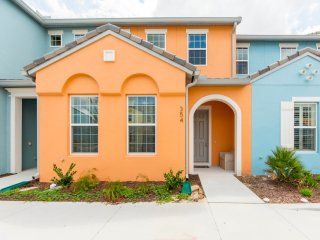 Festival Resort - 4BD/3BA Town House - Sleeps 11 - Gold
