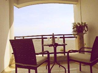 Apartamento con vista al mar en C/gena