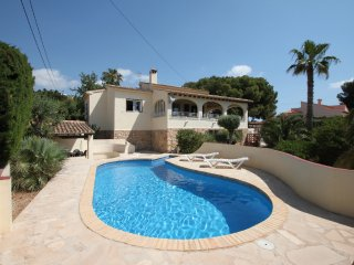 Bal-30E - traditionally furnished detached villa with peaceful surroundings in