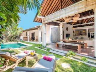 2BR Villa Seminyak Near Beach Clubs & Shops