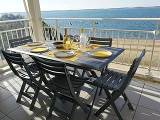 APPARTEMENT EN DUPLEX FACE A LA MER
