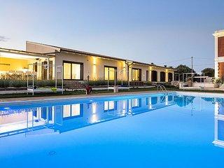 Villa Isola holiday vacation villa rental italy, sicily, syracuse, pool, Wi-Fi,