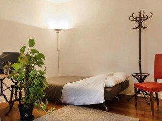 2 rooms flat near Sacre Coeur/ Montmartre
