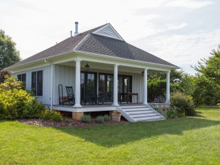 Milton Cottage | Solar-Friendly Cottage Near Monticello, C'ville & Area Wineries