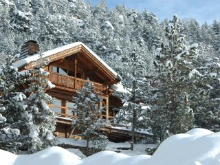 Authentic chalet for 8 people with Hammam, in Serre Chevalier