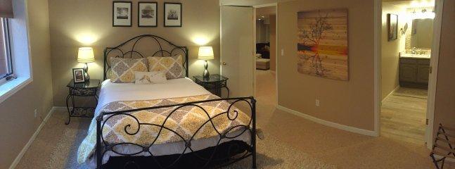Cozy guestroom with ensuite bath