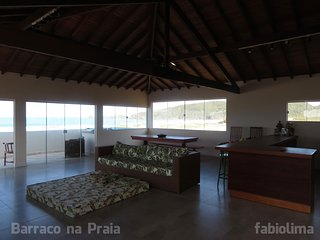 Barraco na Praia
