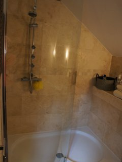 Shower (access via 3rd Bedroom)
