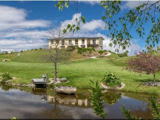 Luxury Bed and Breakfast- Blenheim