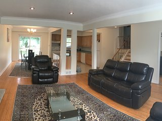 luxurioues and spacious 3 bedroom house