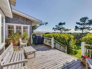 Incredible, spacious home w/ expansive deck & modern comforts - steps to beach!