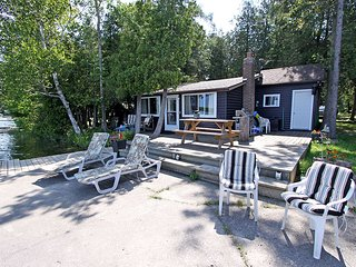 Francis Lake cottage (#986)