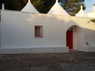 Trulli Ceglie Messapica - Cisternino - Ostuni, 'Casedda Delle Rondini'