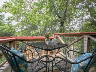 Secluded home w/ deck, river views & tidal cove access - close to town & trails!