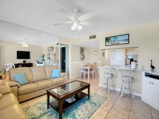 Spacious Treasure Island Beachfront Condo with Stunning Sunsets