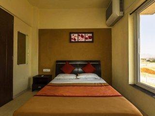 2 Bedroom Bungalow in Igatpuri (8 Persons)