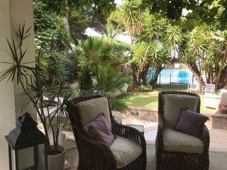 Villa con piscina Relax e Natura a Mondello