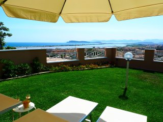 Visit Cagliari with private panoramic garden!
