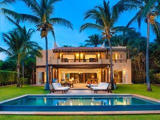 4 br Stunning Villa in Punta de Mita