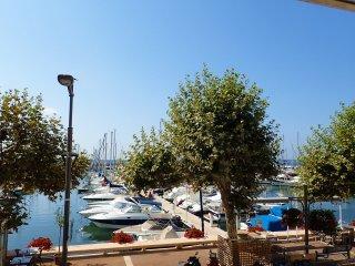 Appartement renove 3 chambres port Golfe-Juan manifique vue mer et iles Lerins