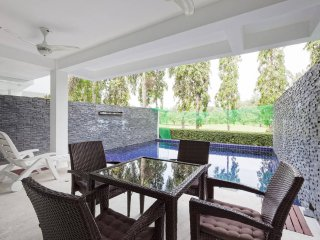 5 bed golf villa, private pool 10 min Patong beach. Sleeps 13 persons.