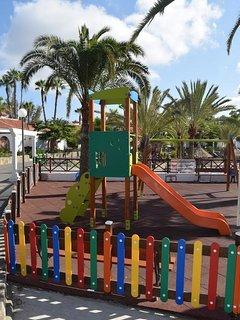 Playground, new 2017. Ideal.