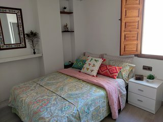 Plaza del Carmen - 1 Bedroom Apartment