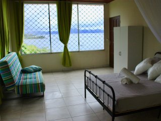 Newly refurbished beachfront 1BR with superb ocean view, in central location