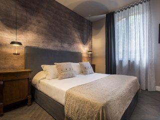 Elegante monolocale a Bologna. Suite 3.