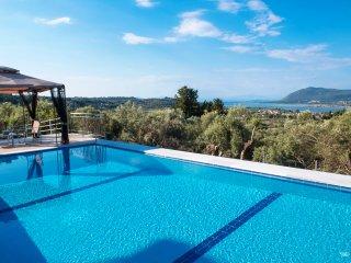 SEPT OFFER : Private, luxurius, peaceful, pool/seaviews - Phaedra