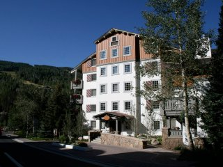 9 Vail Road Vail Village 2-Bedroom
