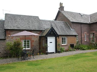Ellanderroch Holiday Cottage, Drymen