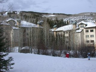 Ski-In/Ski-Out in Beaver Creek 2-Bedroom + loft 2-Bath
