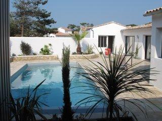Maison La Couarde: Villa standing piscine 6p située entre mer et village