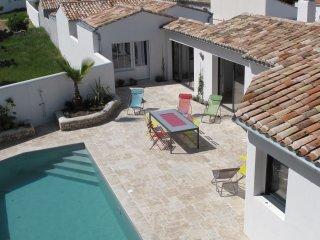 Maison La Couarde: Villa standing piscine 10p située entre mer et village