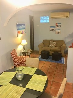 Air-conditioned living room/dining room