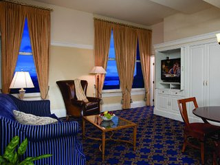 Boston Marriott Custom House -Available for Graduation Week May 18-25, 2018