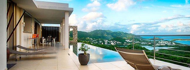 Villa Sunrise 3 Bedroom (Brand New, Ultra Modern 2 Bedroom Villa Situated In