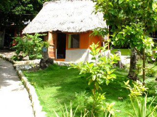 Mundo Maya Spanish School-Guest House, EcologicalCottages and Camping Ground