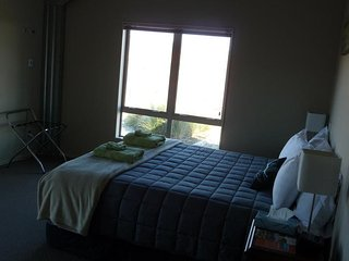 Tussock Lodge - Super King Room 1