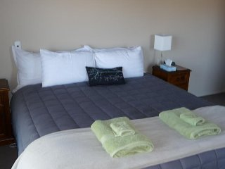 Tussock Lodge - Super King Room 3