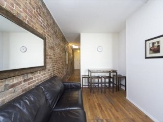 Amazing 3 BR APT in Times Square (8544)