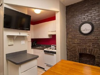 Cozy 2BR Apartment  TSQ (8126)