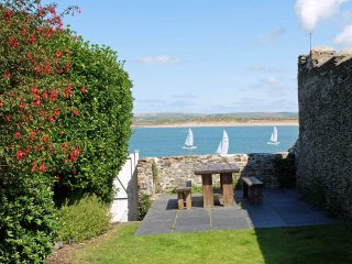 Self Catering Cottage in Appledore-The Wedge