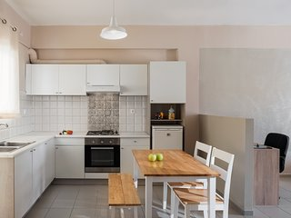 Rethymno Apartment Sleeps 3 with Air Con and Free WiFi - 5676743