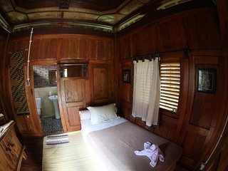 Deluxe Single Room 1 of Omah Garengpoeng Guest House