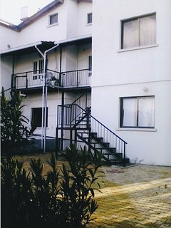 Rear top apartments 2 bedrooms with balcony facing rear gardens right hand side and left hand side