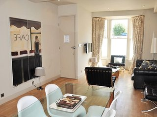 Luxury In the Heart of Brixton, The Perfect Location to Explore London!